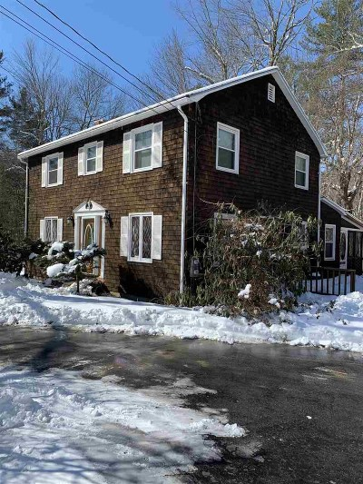 Hudson Single Family Home For Sale: 74 Speare Road