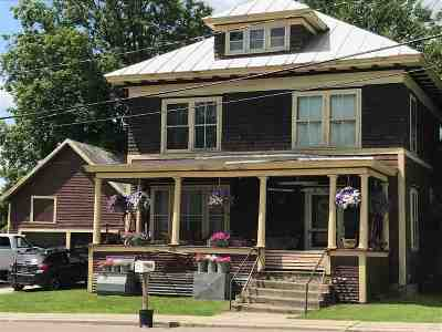 Enosburg Single Family Home For Sale: 435 Pleasant Street