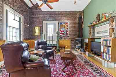 Condo/Townhouse For Sale: 348 Maplewood Avenue #4