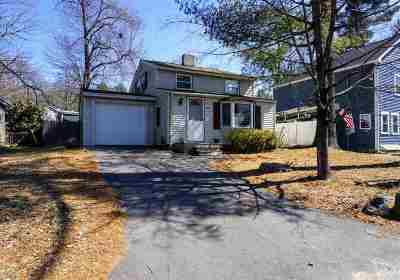 Salem Single Family Home For Sale: 56 Millville Circle