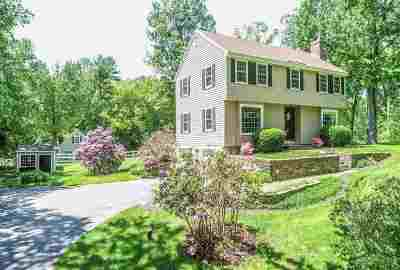 Lee Single Family Home For Sale: 35 James Farm Road