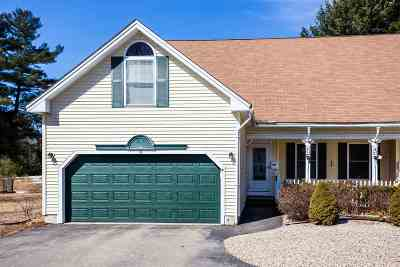 Somersworth Condo/Townhouse For Sale: 7 A Crest Drive #A
