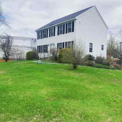 Goffstown Single Family Home For Sale: 9 Mountain Road