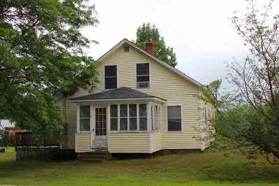 Hillsborough Single Family Home For Sale: 565 2nd Nh Turnpike