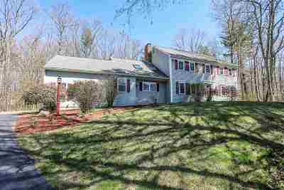 Bedford Single Family Home For Sale: 7 Boxwood Road