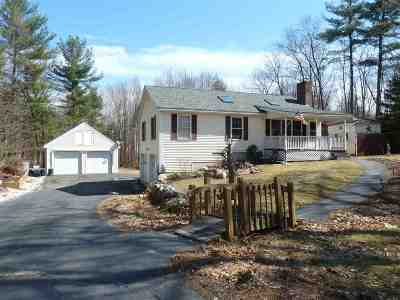 Hooksett Single Family Home For Sale: 45 Elmer Avenue