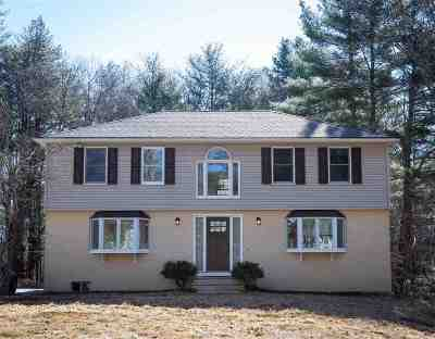 Epping Single Family Home For Sale: 16 Woodlands Drive