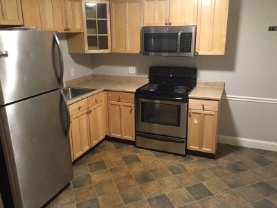 Derry Condo/Townhouse For Sale: 92 East Broadway #16
