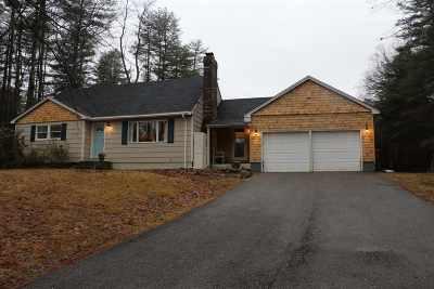 Barrington Single Family Home For Sale: 945 Strafford Rd