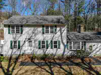 Londonderry Single Family Home Active Under Contract: 12 King Edward Drive