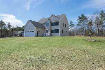 Epping Single Family Home For Sale: 7 Saddle Brook Lane