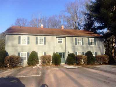Chittenden County Condo/Townhouse Active Under Contract: 66 Pheasant Woods Drive #201