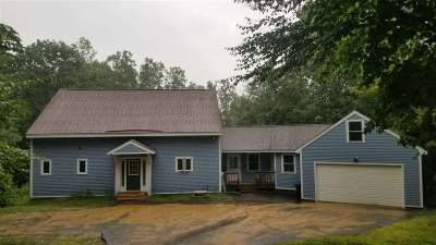 New Hampton Single Family Home For Sale: 238 Pinnacle Hill Road