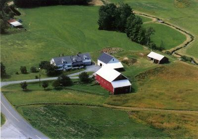 Newbury VT Single Family Home For Sale: $320,000
