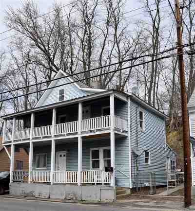 Hooksett Single Family Home For Sale: 54 Merrimack Street