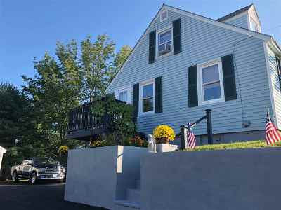 Somersworth Single Family Home For Sale: 114 Indigo Hill Road