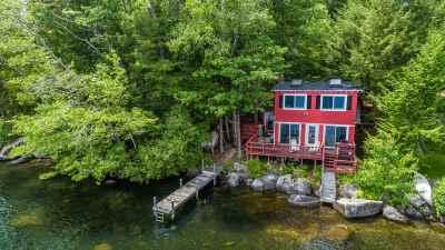 New Hampton Single Family Home For Sale: 14 Seminole Avenue