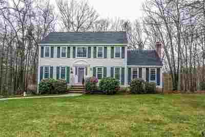Derry Single Family Home For Sale: 7 Hope Hill Road