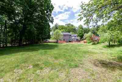Merrimack Single Family Home For Sale: 82 Tinker Road