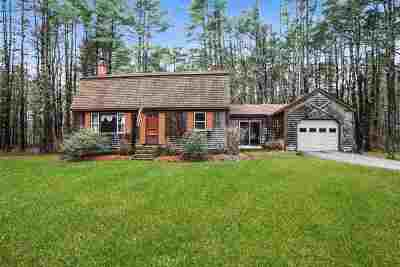 Amherst Single Family Home For Sale: 6 Schoolhouse Rd Road