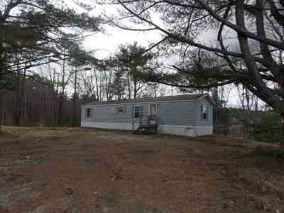 Single Family Home For Sale: 337 Nh Route 104 Road
