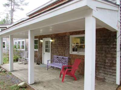Grafton Single Family Home For Sale: 372 Hardy Hill Road