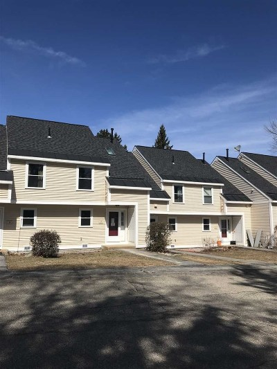 Concord Condo/Townhouse Active Under Contract: 7 Canoe Drive