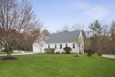 Pembroke Single Family Home Active Under Contract: 37 Donna Drive
