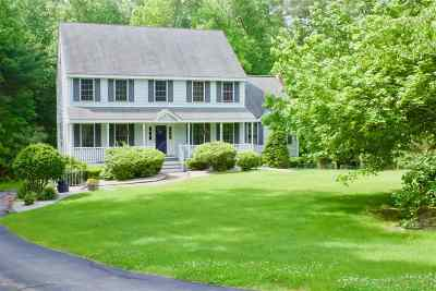Salem Single Family Home For Sale: 22 Briarwood Drive