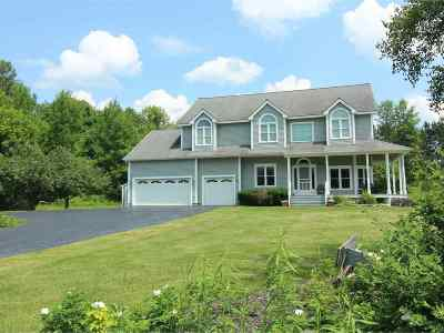 Shelburne Single Family Home For Sale: 29 Maeck Farm Road