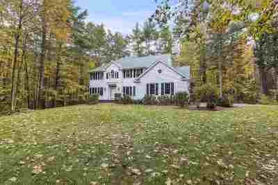Amherst Single Family Home For Sale: 2 Old Mont Vernon Road
