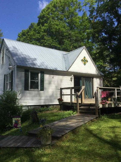 Woodstock Single Family Home For Sale: 3070 South Road