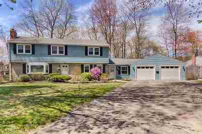 Rochester Single Family Home For Sale: 1 Apple Orchard Road