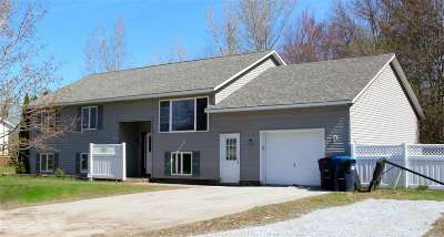 Swanton VT Single Family Home Active Under Contract: $229,000
