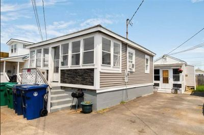 Hampton Multi Family Home For Sale: 16 Riverview Terrace