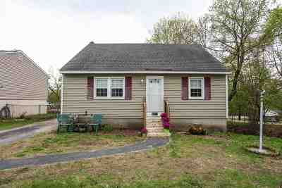 Manchester Single Family Home For Sale: 1327 Candia Road