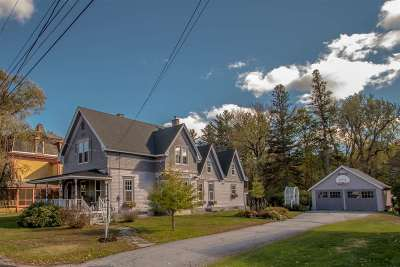 Lancaster Single Family Home For Sale: 17 Pleasant Street