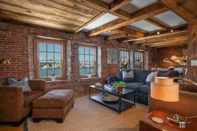 Portsmouth Condo/Townhouse For Sale: 129 Market Street #D