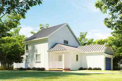 Strafford County Single Family Home For Sale: 11 Iona Avenue
