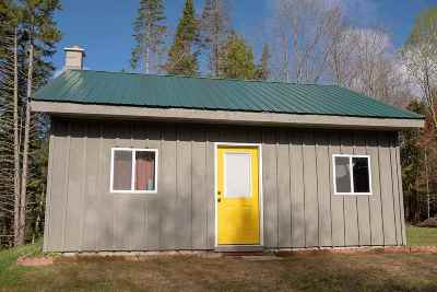 Belvidere Single Family Home For Sale: 100 Lawrence Road