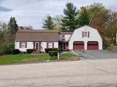 Nashua Single Family Home For Sale: 84 Tenby Drive