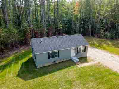 Barnstead Single Family Home For Sale: 10 Holly Lane