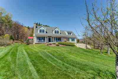 Littleton NH Single Family Home Active Under Contract: $299,000