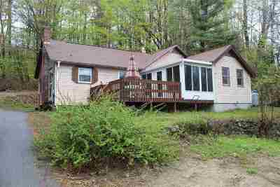 Single Family Home For Sale: 4200 River Road
