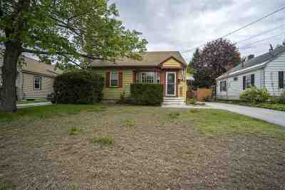 Manchester Single Family Home For Sale: 145 Knowlton Street