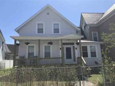 Manchester Multi Family Home For Sale: 271 Manchester Street
