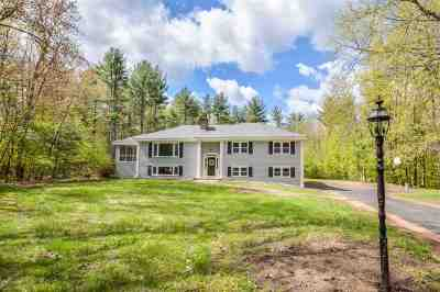 Bedford Single Family Home For Sale: 19 Birchwood Circle