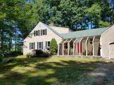 Single Family Home For Sale: 71 Old Town Farm Road