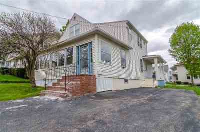 Manchester Single Family Home For Sale: 531 Spruce (Upper) Street