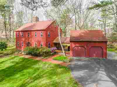 Kittery Single Family Home For Sale: 11 High Pasture Road